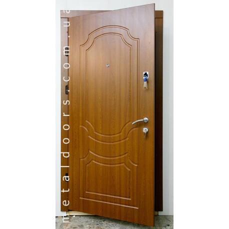 Двери входные Редфорт Классика (Премиум)